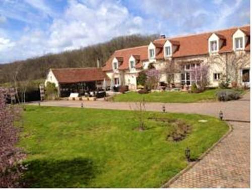 Maison de 6 chambres a Saint Georges sur Baulche avec jardin clos et WiFi - Location saisonnière - Saint-Georges-sur-Baulche
