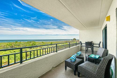 . Seaside Sanctuary - Oceanfront Condo!