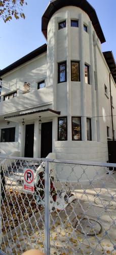 Private villa apartament - Accommodation - Bucharest