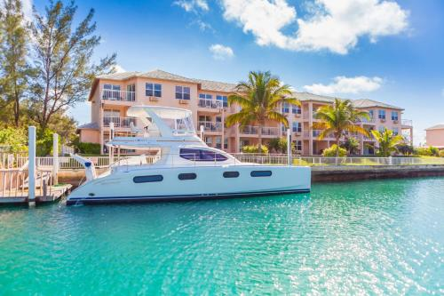 Two-Bedroom Suite Marina View