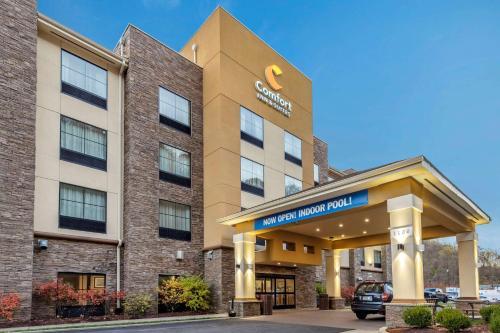 . Comfort Inn & Suites Pittsburgh