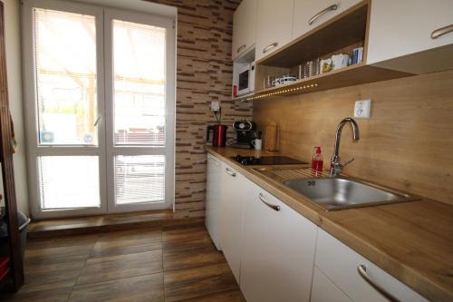 Apartman Baska - Apartment - Veľký Slavkov