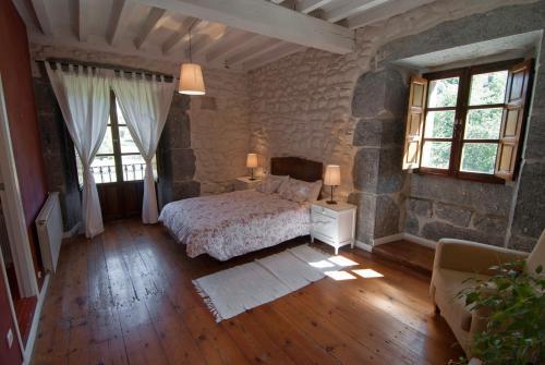 Seven-Bedroom House Casona Valle de Soba 21