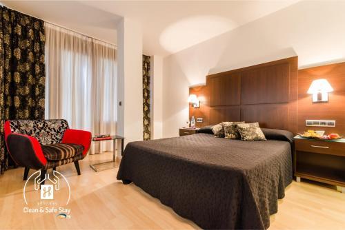 Accommodation in Peligros