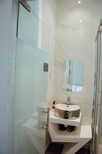 The Hygge Lisbon Suites - Estrela - image 9