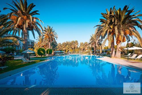 . May Beach Hotel