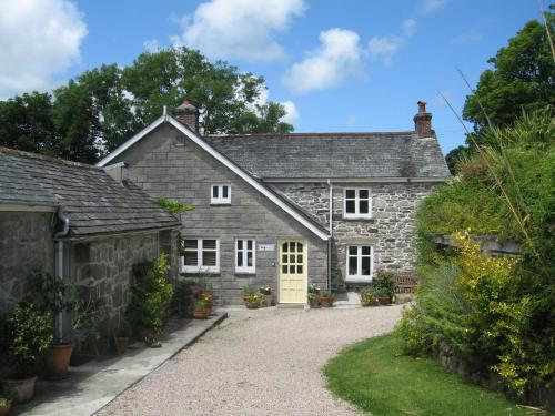 Little Pengelly Farm (B&B)