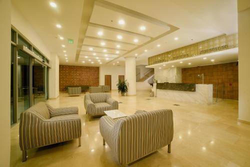 . Hotel Dorado Plaza Alto Prado