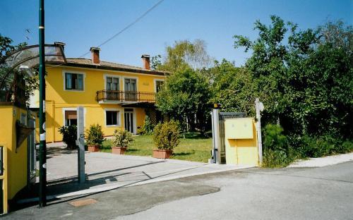 Casa Del Miele