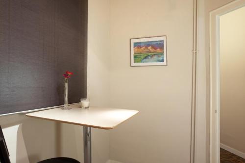Modernist Apartment Barcelona photo 8