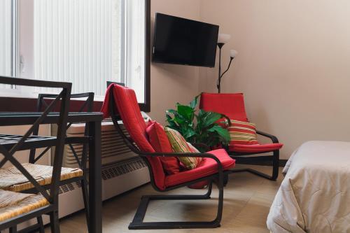 . Cjour Apartments