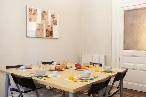 Modernist Apartment Barcelona photo 16