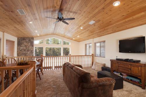 Bear Mountain Retreat! PROMOTIONAL PRICES!!!!! - Big Bear Lake