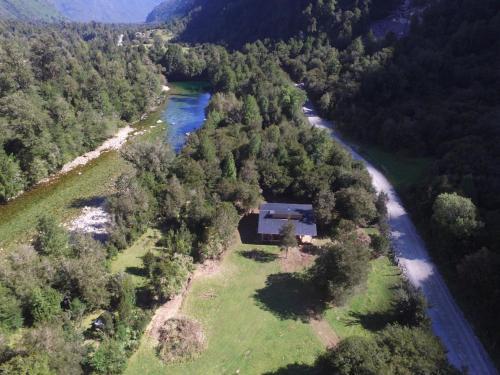 . Refugio Valle Cochamo
