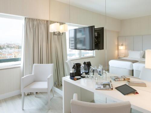 Lutecia Smart Design Hotel photo 7