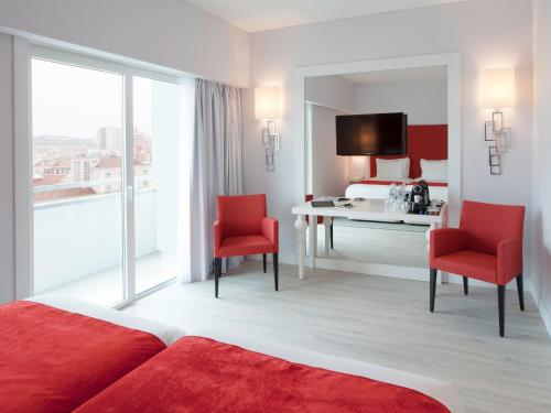 Lutecia Smart Design Hotel photo 9