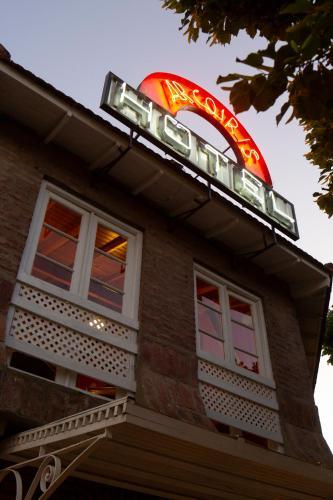 . Hotel Arcoiris