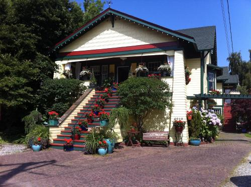Clair's Boutique Hotel - Accommodation - Delta