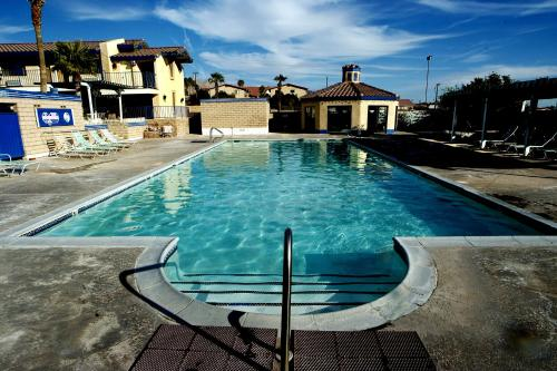Desert Rain Spa Hotel - Desert Hot Springs, CA 92240