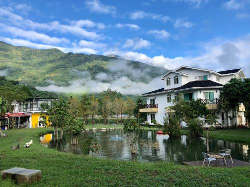 Tree Lake B&B Hualien