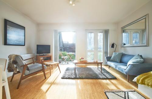 Stylish Central London Apartment With Indoor Pool And Terrace With Quiet View