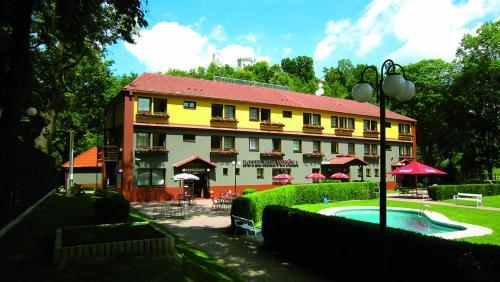 . Hotel Milan Vopicka