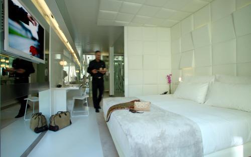 Habitación Doble Deluxe - Uso individual The Mirror Barcelona 34