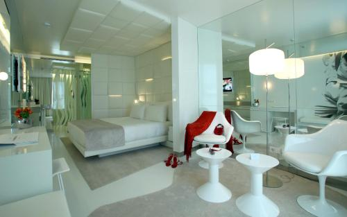 Habitación Doble Superior con terraza - Uso individual The Mirror Barcelona 29