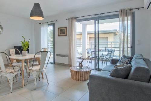 """. appartement de vacances """"Fiora"""" à Calvi à 300m de la plage et du port"""