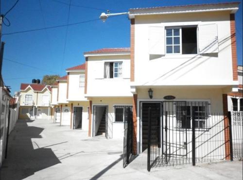 Excelente Duplex a 5 cuadras del mar con WiFi y TV Calle 36 y 6