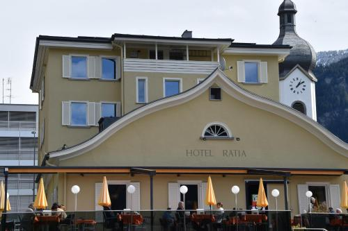 . Hotel Rätia