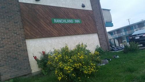 . RANCHLAND Inn