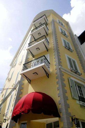 656/52 Cach Mang Thang Tam Street, Ward 11, District 3, Hồ Chí Minh, Vietnam.