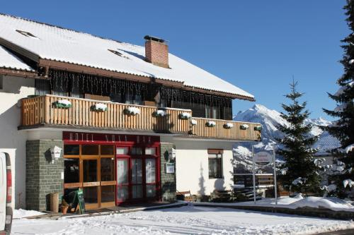 Accommodation in Raggal