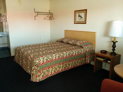 Crystal Motel - Tulsa, OK 74107