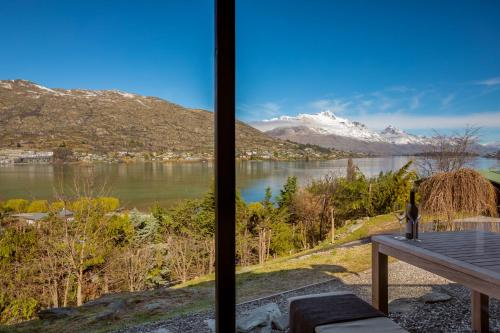Queenstown Memory Making Magic for up to 8 Staying - Hotel - Queenstown