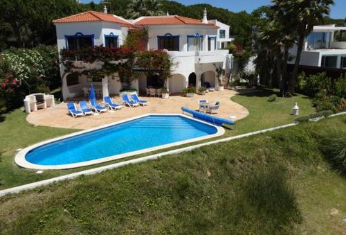 Villa in Vale do Lobo Sleeps 8 includes Swimming pool Air Con and WiFi 9 9