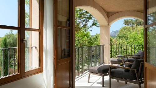 Suite Junior Jardín Castell Son Claret - The Leading Hotels of the World 25