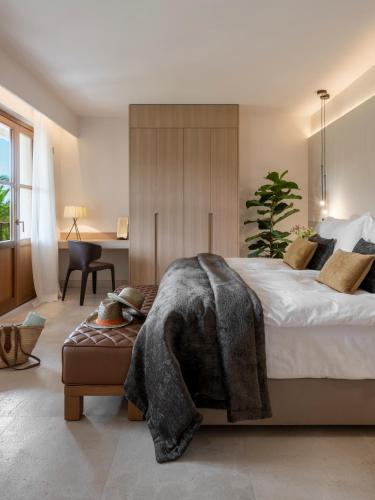 Suite Junior Jardín Castell Son Claret - The Leading Hotels of the World 26