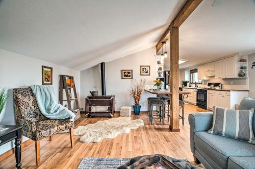 Lovely Barn Loft with Mtn Views on Horse Estate - Apartment - Fort Collins