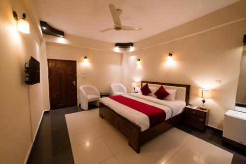 . Laraib Inn Hotel