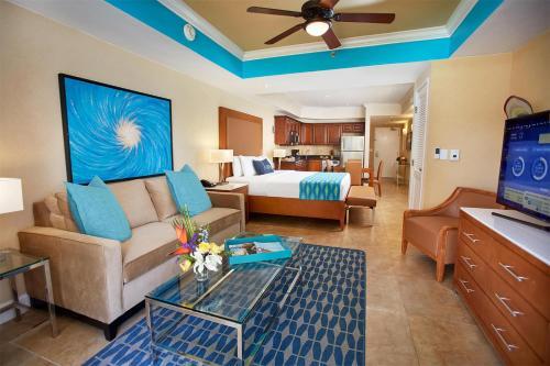 Divi Aruba Phoenix Beach Resort - Photo 8 of 84