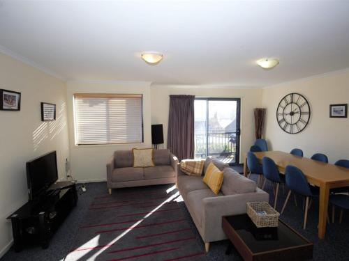 Accommodation in Frenchs Forest