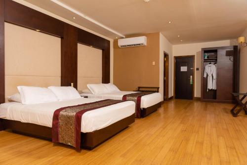 . Herdmanston Lodge Hotel