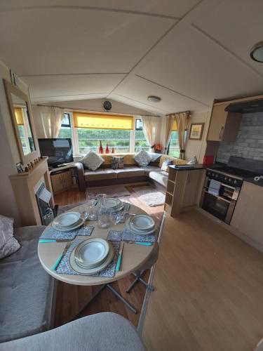 Caravan On The Devon\cornwall Border, Bude, Cornwall