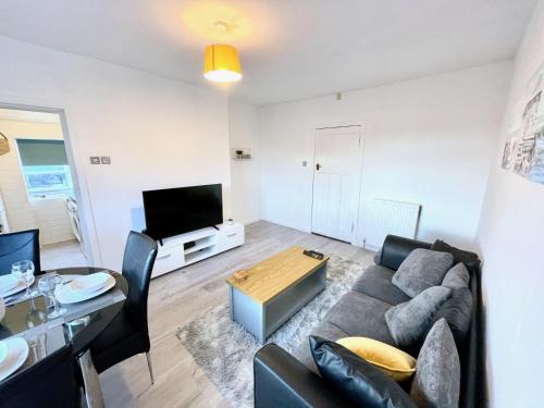 Kingsbridge Apartment