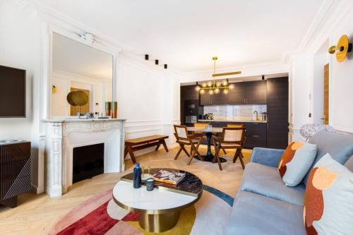Amazing renovated 8beds heart of paris with A/R! - Location saisonnière - Paris