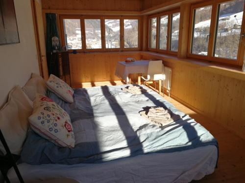 Accommodation in Jenaz