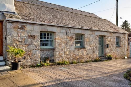 Swallow Cottage, St Ewe, Cornwall