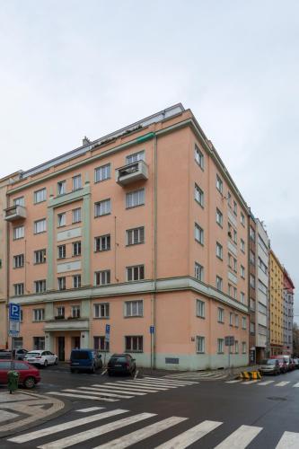 Homey Flat in Vinohrady by Prague Days - image 2